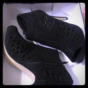 Black Madden Girl Heels